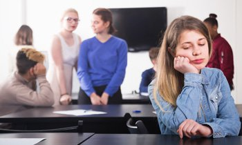 Teaching Teenagers To Cope With Social >> Guidance For Parents Of Teenagers Does Your Shy Teen Have Social